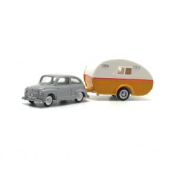 Seat 600 con caravana bicolor