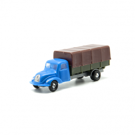 Camión Magirus con toldo