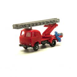 Pegaso Barajas bomberos, 4 bomberos