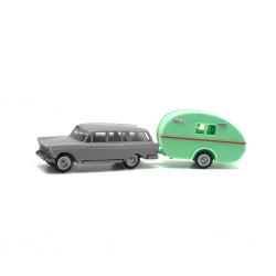 Seat 1400-C Family with caravan